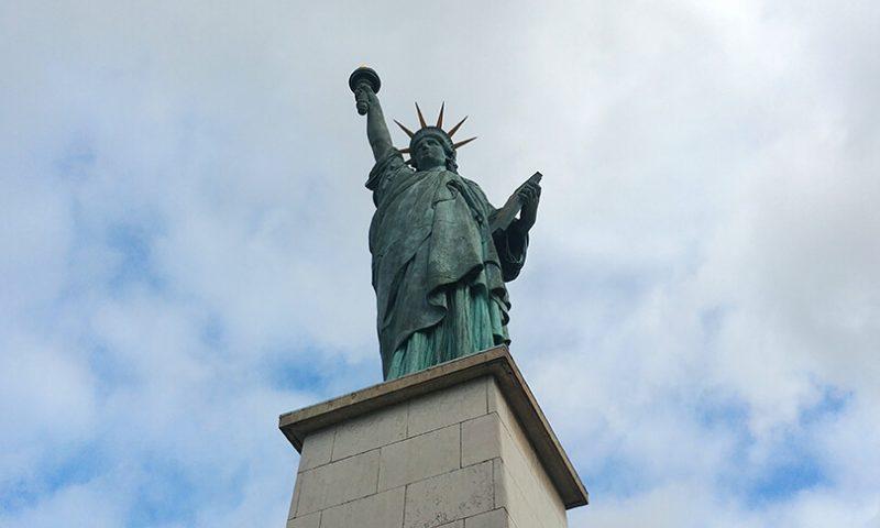 פסל החירות בפריז
